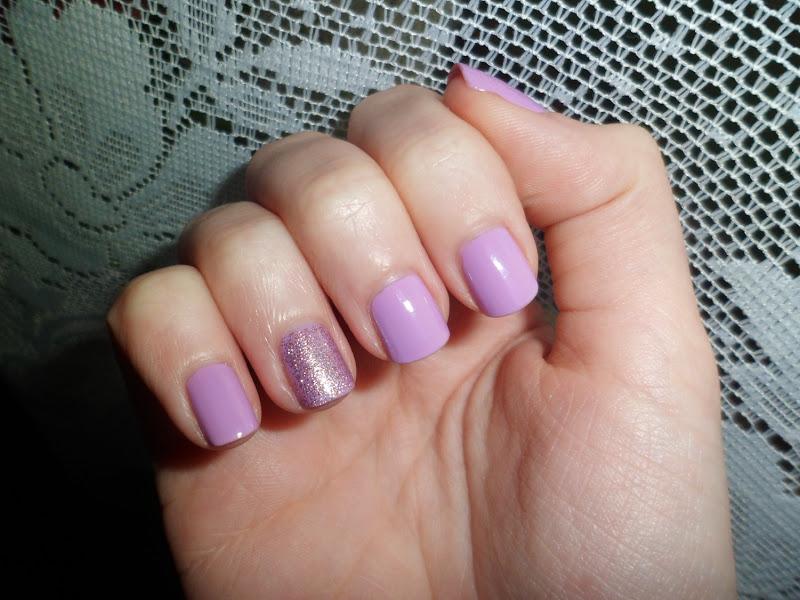 Freckled Elle Lilac Glitter Nails