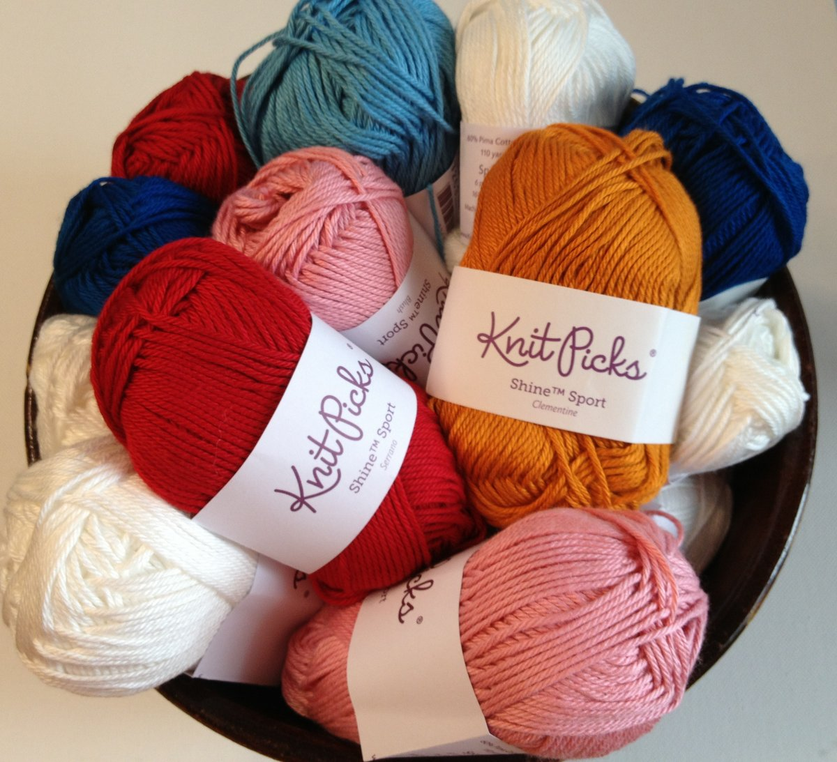 Quilted Cupcake: Review: My Favorite Yarn by Knit Picks