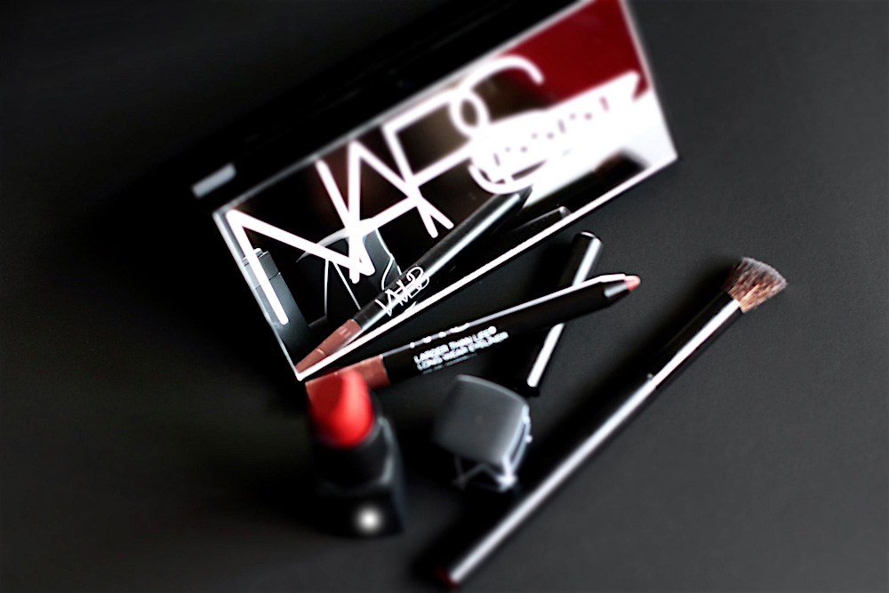 nars narsissist hardwired eyeshadow kit rouge vip red avis test swatches