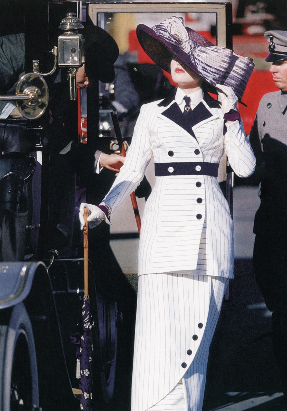http://3.bp.blogspot.com/-2G4Gnmfhf-w/UNmbedzVyjI/AAAAAAAAsYU/QOIRp4nETo4/s1600/7._Kate_Winslet_Titanic.JPG