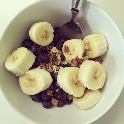 Healthy Eating Muesli Nuts Banana Blueberries Millied Linseed Yogurt Breakfast