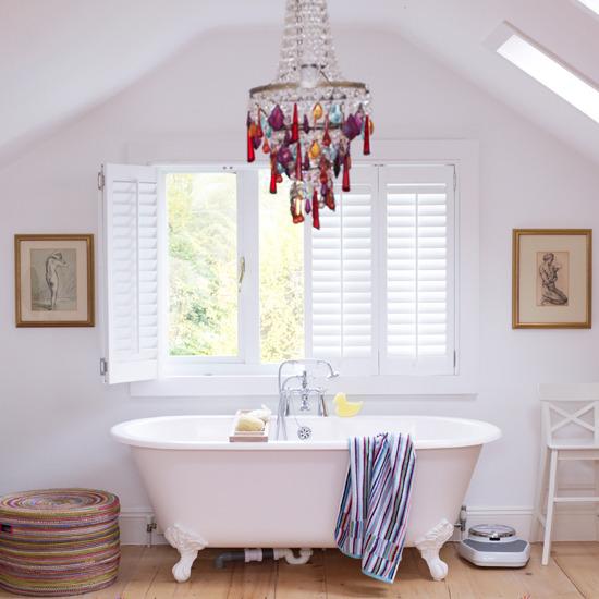 Accesorios Para Baño Que Se Pegan:Baños Modernos: Cuarto de Baño Blannco Con Accesorios