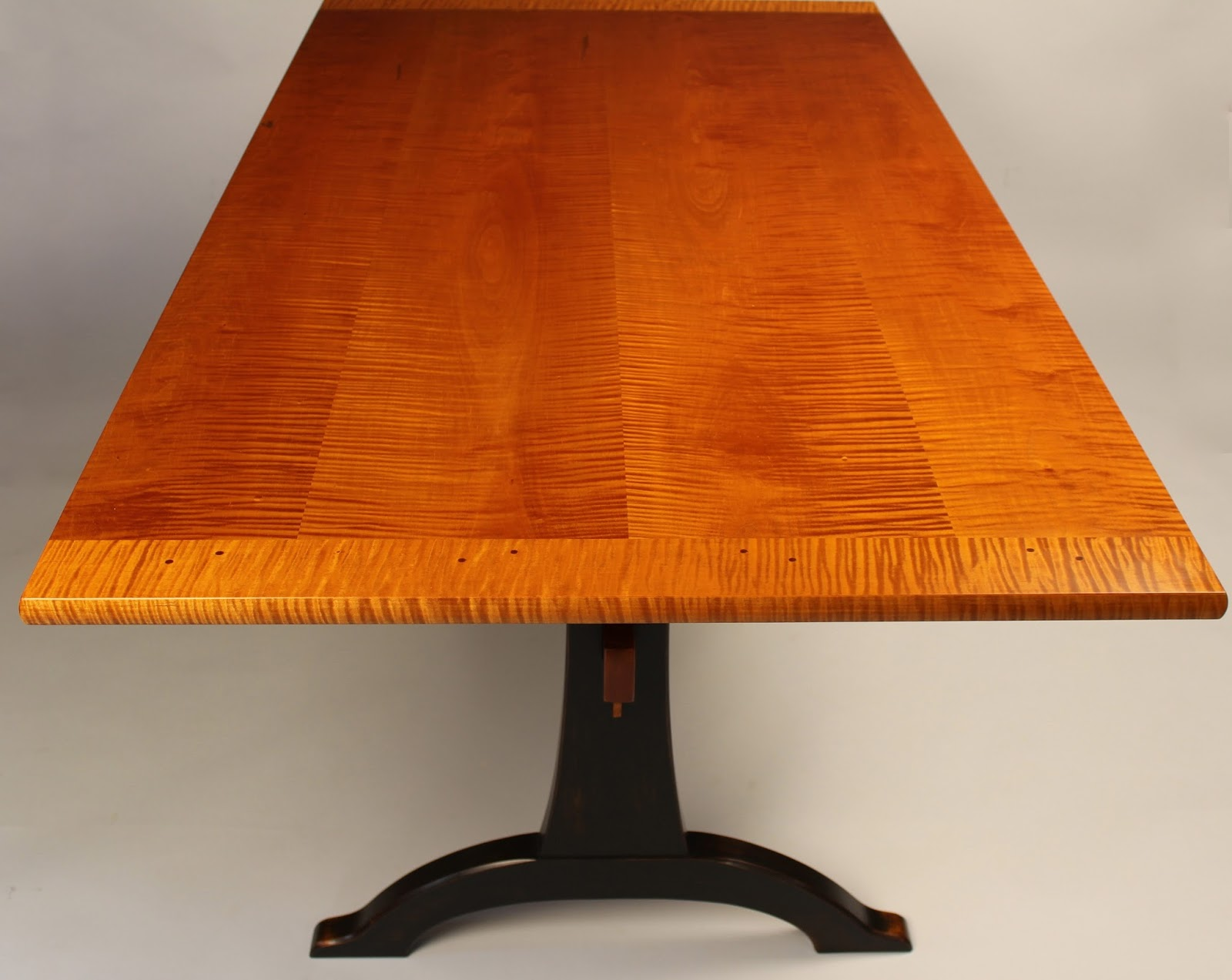 fine custom trestle table handmade to the highest standards