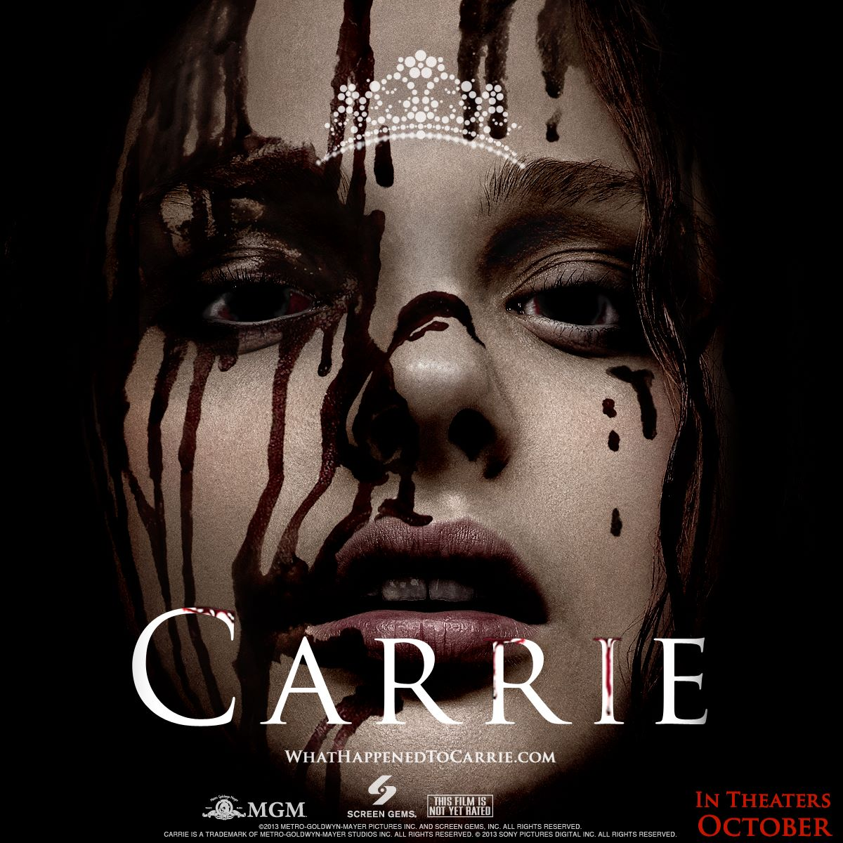 carrie poster Carrie   A Estranha Dublado Torrent Bluray 720p
