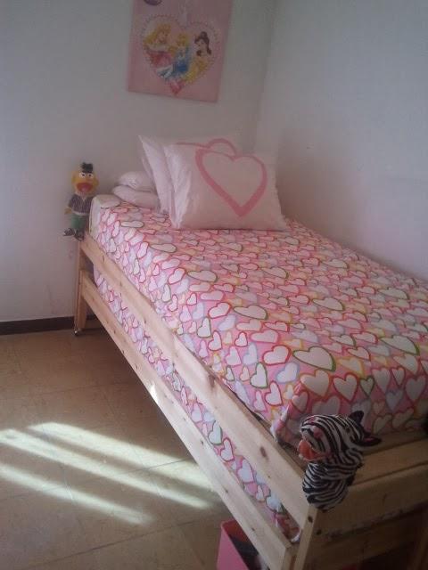 C mo convertir dos camas fjellse en una cama nido mi for Cama nido hemnes ikea