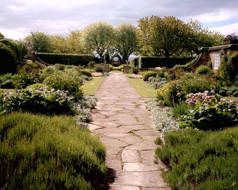 mariam rizwan gertrude jekyll garden designer