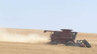 http://www.khq.com/story/29690233/friends-neighbors-help-sick-lamont-farmer-bring-in-harvest