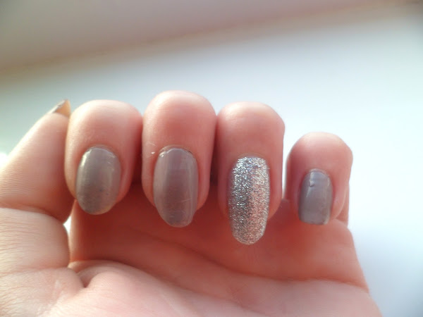Nails Inc Nails of the Day - Porchester Square and Electric Avenue