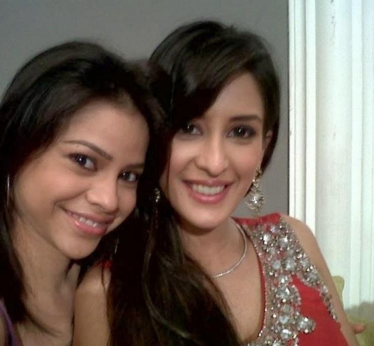 Sumona Chakraborty with chahat khanna