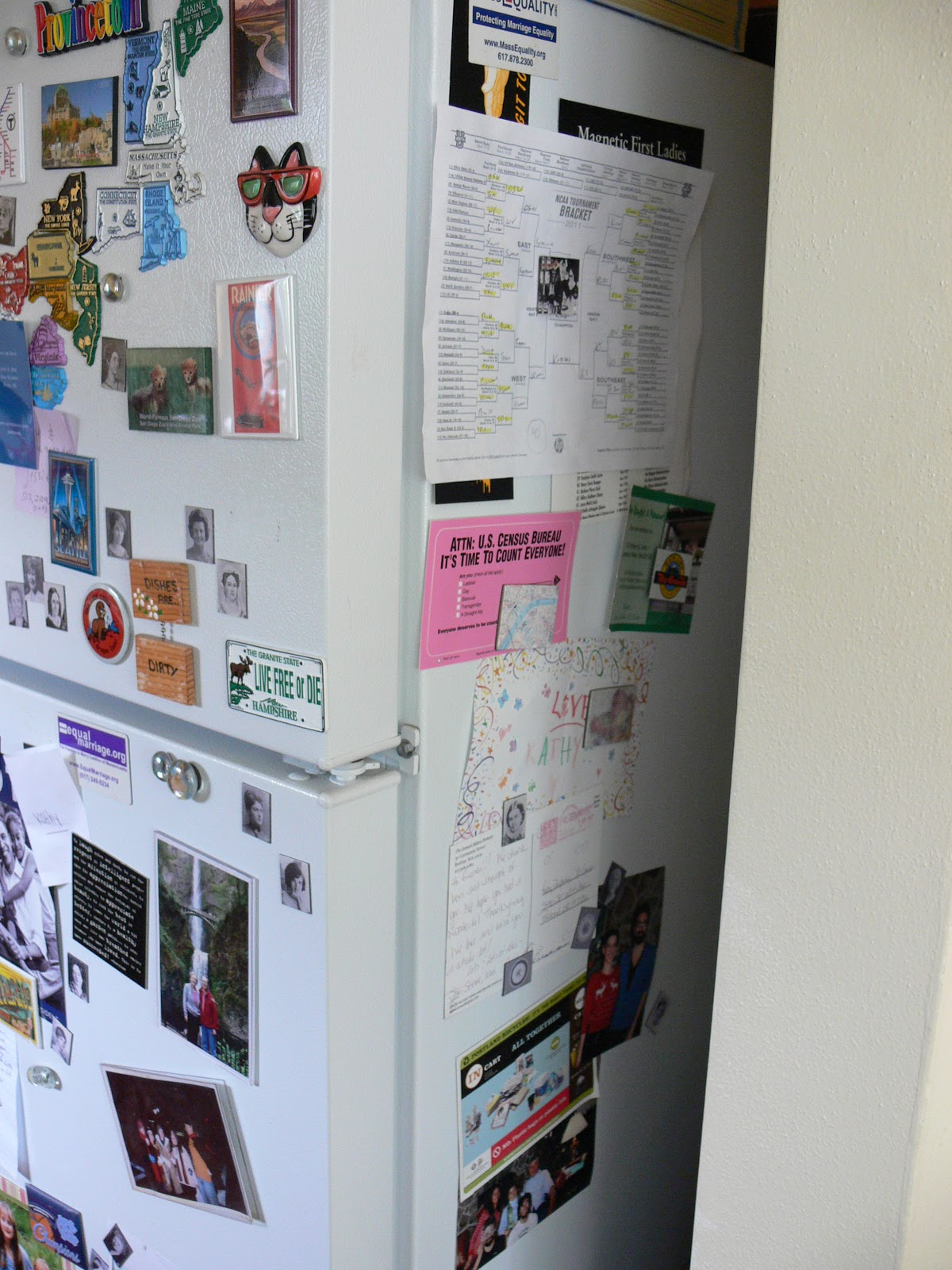 things jill likes a messy fridge full of magnets. Black Bedroom Furniture Sets. Home Design Ideas