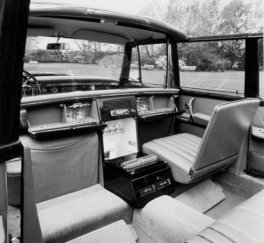 1965 Mercedes-Benz 600 Pullman Landaulet Popemobile