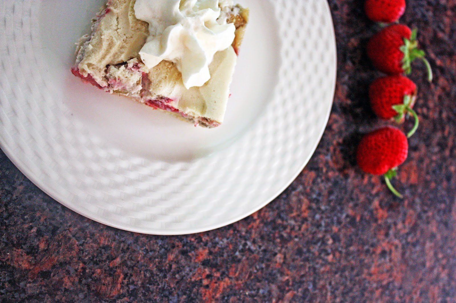 strawberry rhubarb custard bars