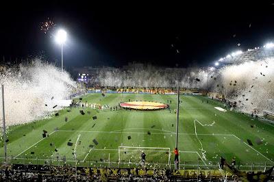 afición-Aris-Salonica-ultras-fotos-historicas-deporte