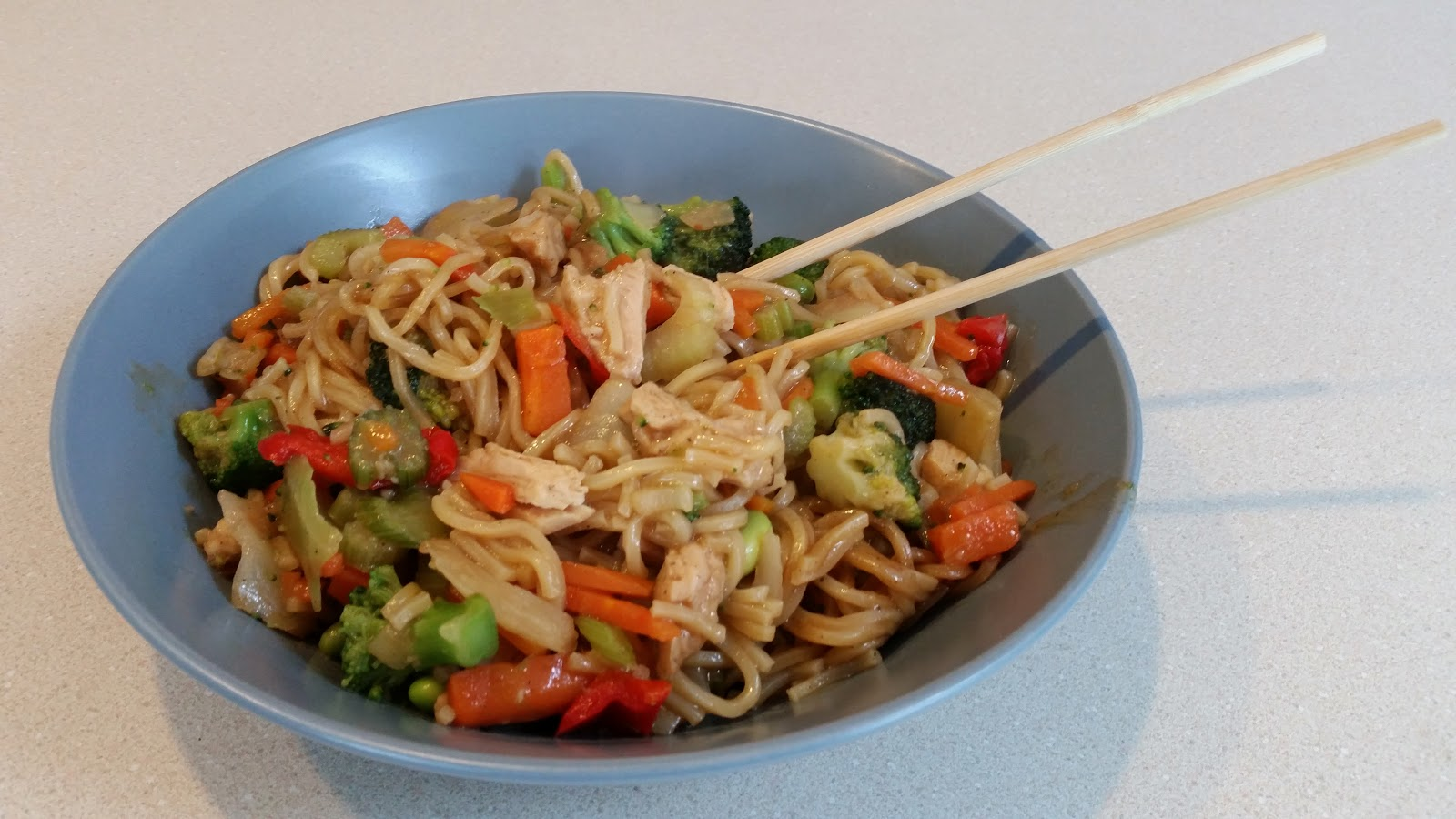 Kahiki Foods - Chicken Lo Mein Review