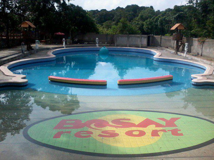 Enjoy the summer at the Bosay Resort in Antipolo