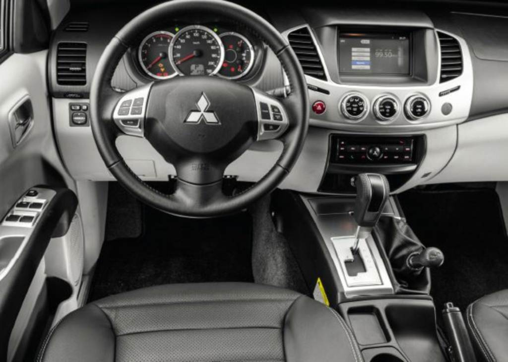 Mitsubishi L200 Triton HPE 2014: fotos e preço   CAR.BLOG.BR