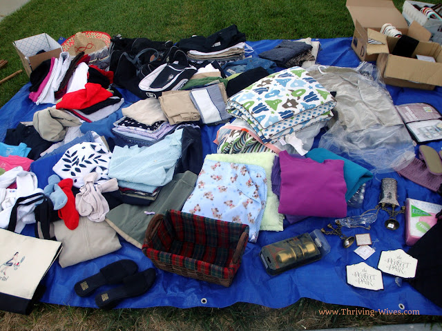 How to Host a Successful (and Profitable) Garage/Yard Sale