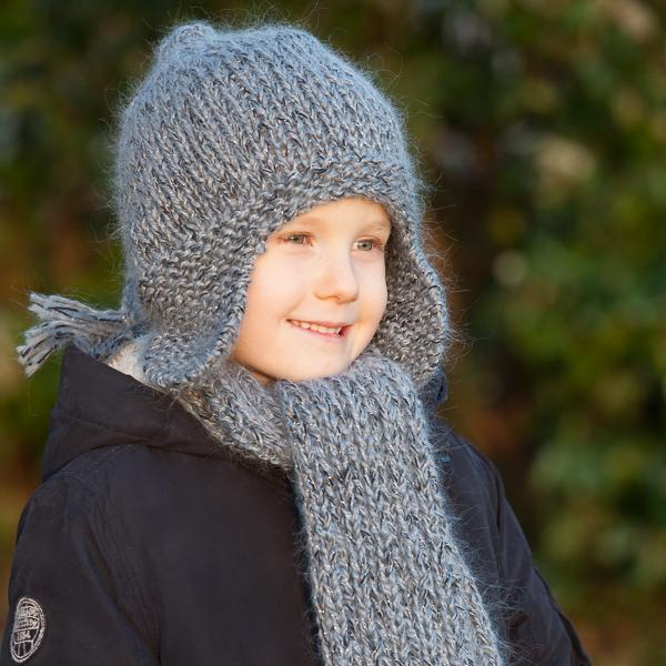 bonnet péruvien et écharpe au tricot