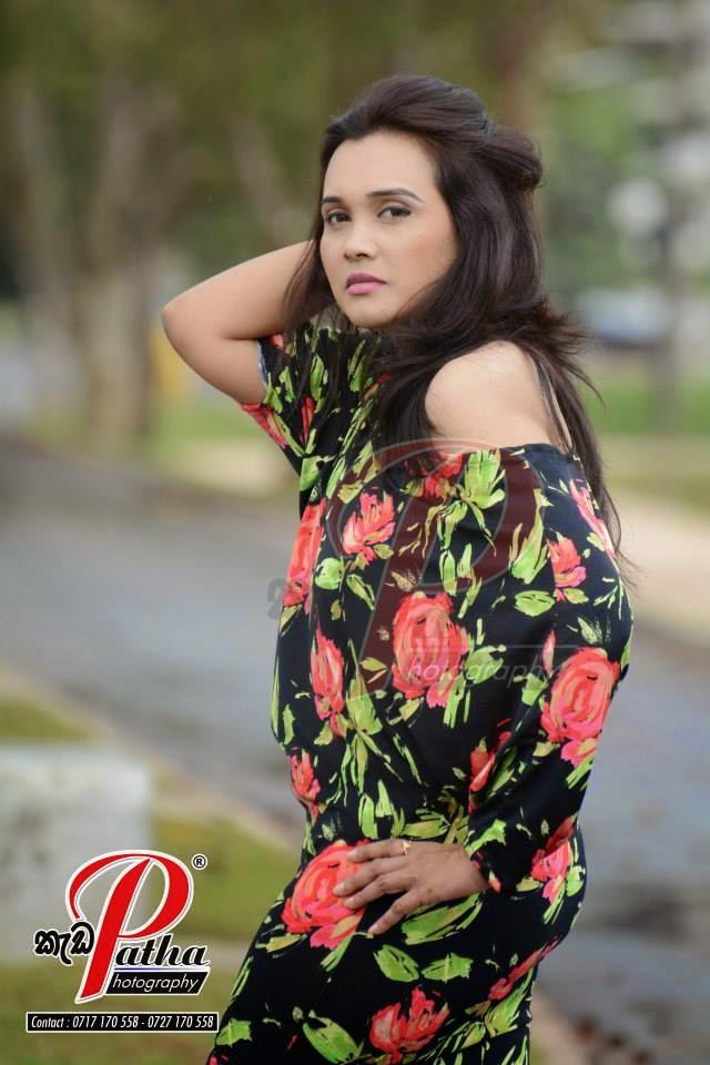 Gayathri Dias latest