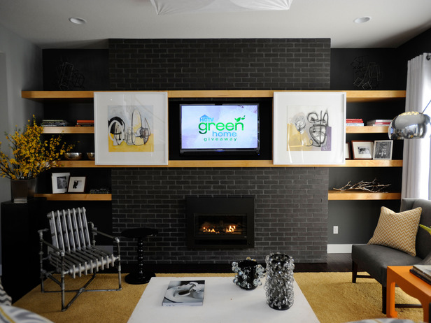 Daily decorator udpate a brick fireplace and hide a for Hide tv in living room