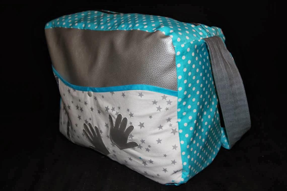 laisse luciefer les petits secrets couture le retro tuto sac langer fourre tout. Black Bedroom Furniture Sets. Home Design Ideas