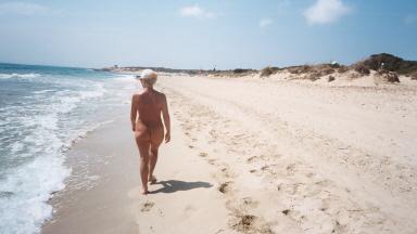 ibiza playa nudista:
