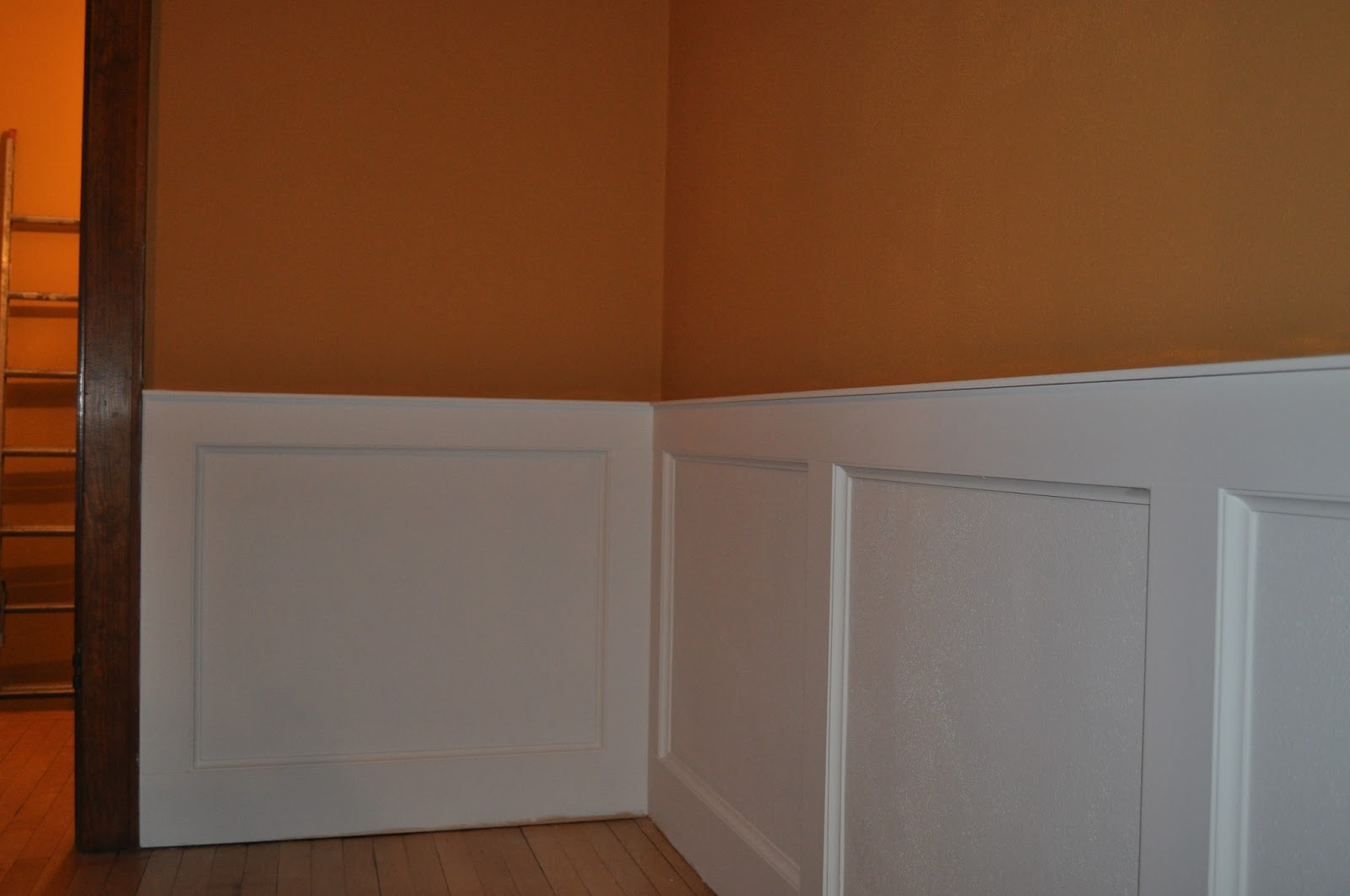bedroom wainscoting