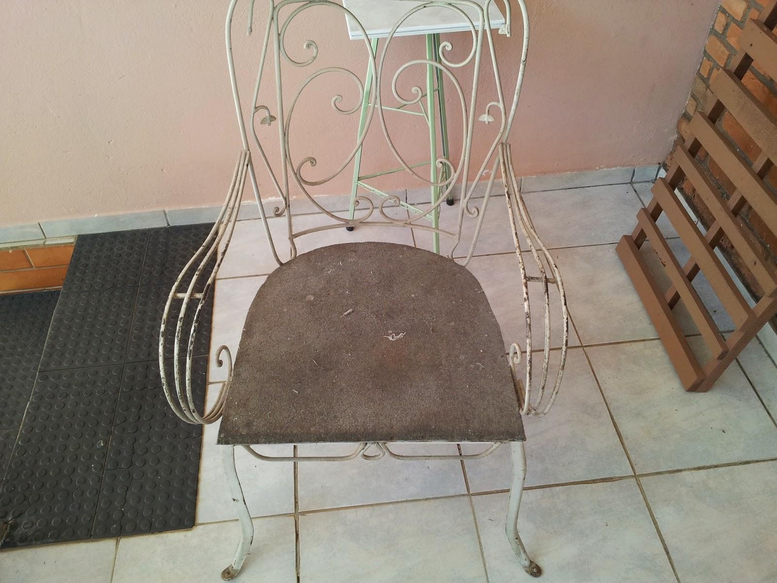 Restauração de Cadeira antiga de ferro #644B39 1600x1200