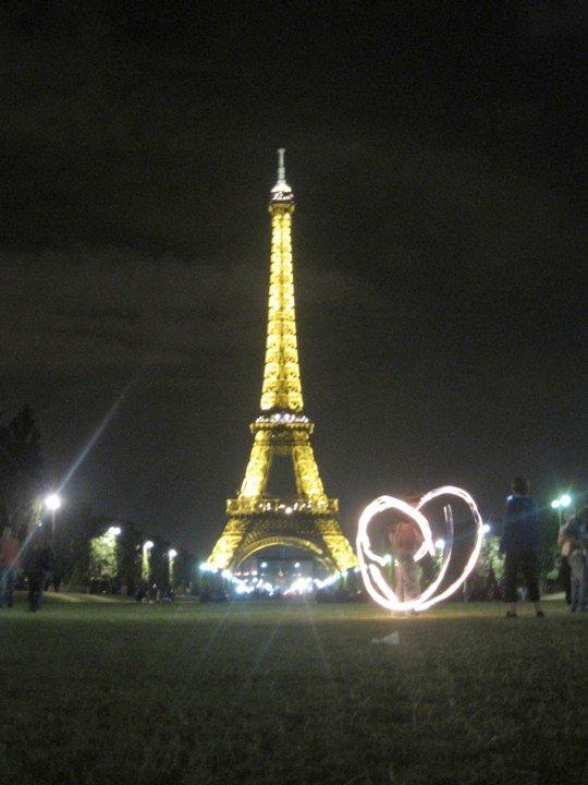 Everything looks better in lights enfin joyeux jour du saint
