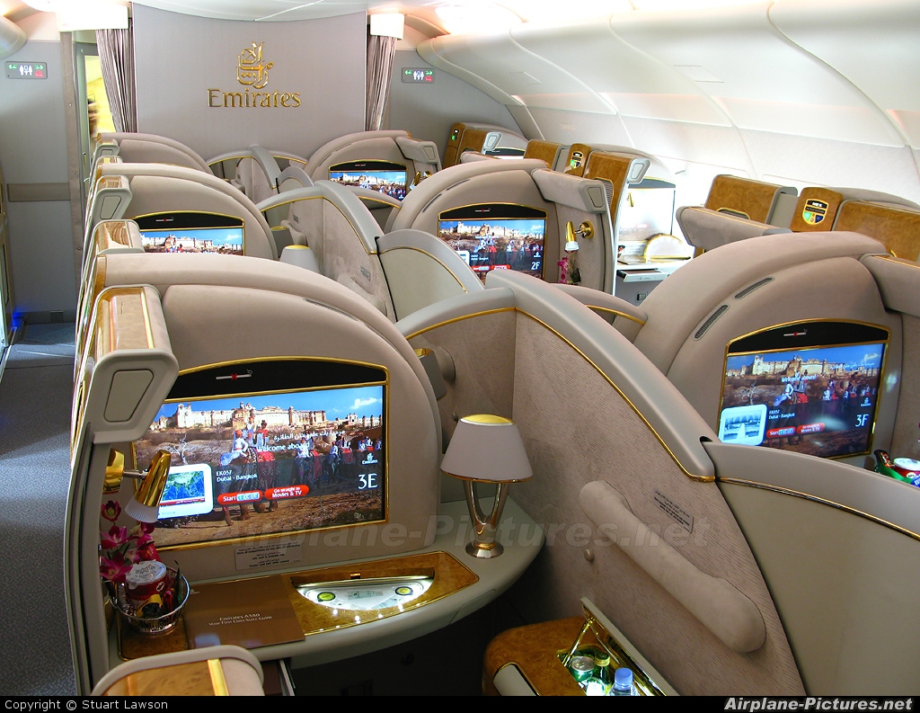 Jet Airlines Airbus A380 Emirates