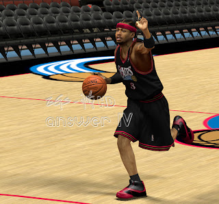 NBA 2K13 Reebok Answer IV Allen Iverson Shoes