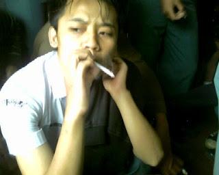 Pria yang Sering merokok Berisiko Punya Sperma Rusak