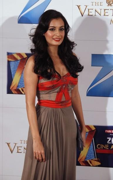 Indian Actress Dia Mirza At Zee Cine Awards Photos Stills unseen pics