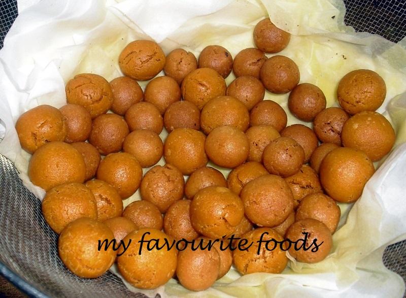 ... МŶ FĂVŐÚŔĨŤĔ FŐŐĎŚ«╝: Kaliyodakka (Fried Rice Balls