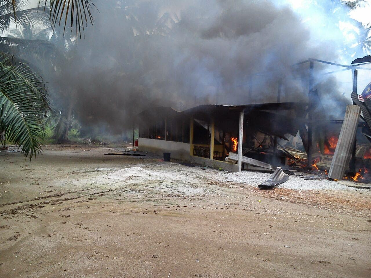 Kebakaran Di Parit 7 Hutan Melintang Bagan Datoh