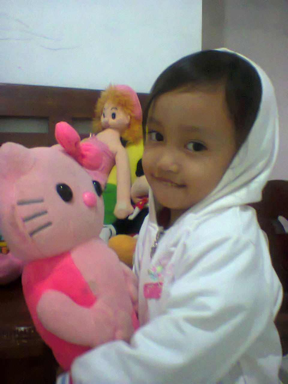 gadis kecilku