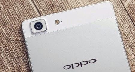 Oppo R8200, Harga dan Spesifikasi HP Prosesor Tangguh Octa Core 4G LTE