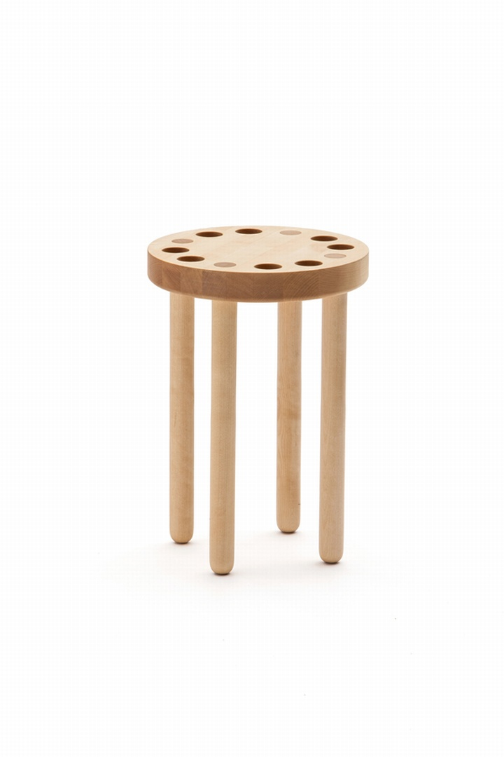 Poke Stool By Kyuhyung Cho