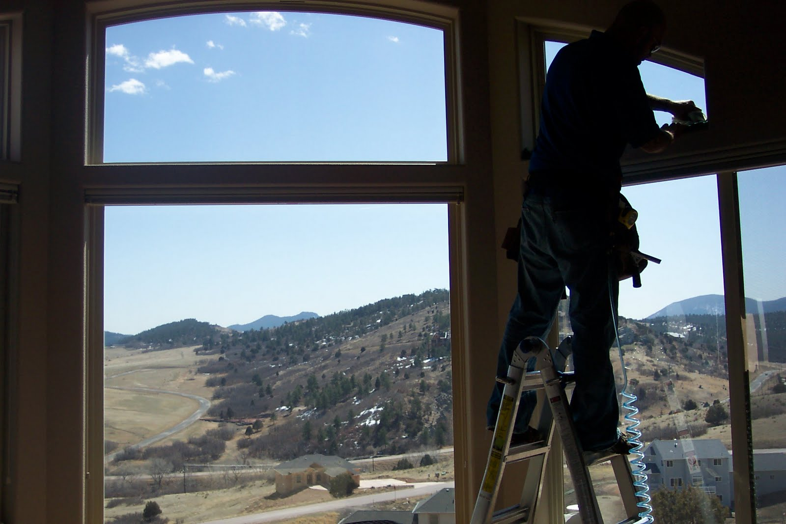 clear view window films will tinting help lower my air conditioning costs. Black Bedroom Furniture Sets. Home Design Ideas