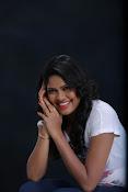 Actress Shaarika photo session gallery-thumbnail-13