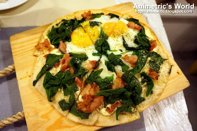 Breakfast Pizza at Grandmomma's Kitchen Il Terrazzo