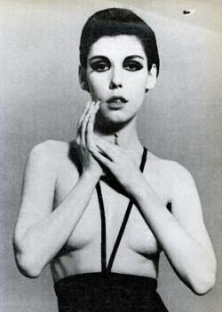 First topless monokini bathing suit design from Rudi Genreich