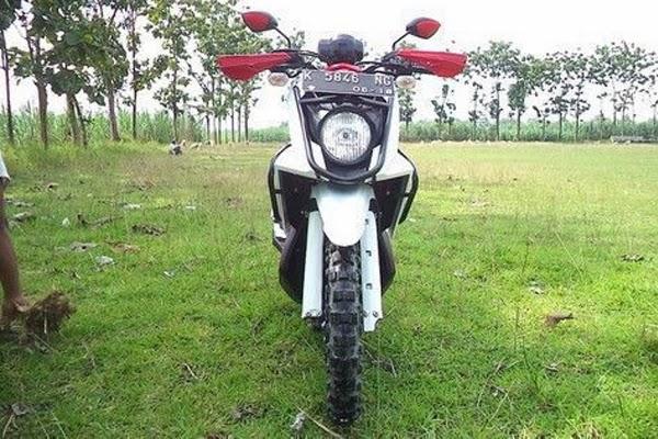 Modifikasi Yamaha X-Ride untuk Touring title=