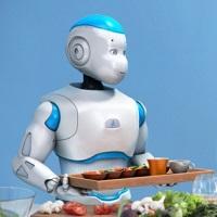 Romeo le robot porte un plateau