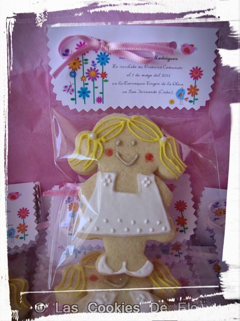 http://lascookiesdeelo.blogspot.com.es/2013/05/galletas-y-cake-pops-de-comunion.html