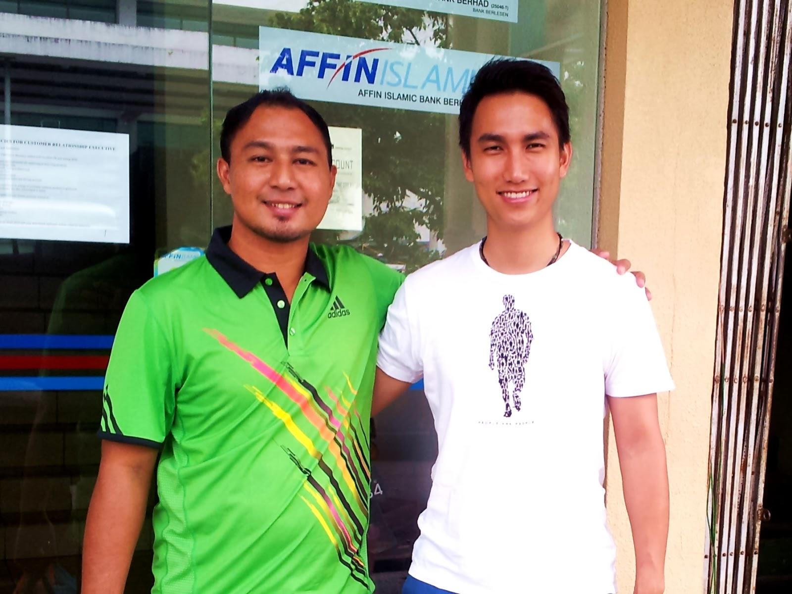 Cikgu Hailmi (SMK Luar Bandar No.1 Sibu) dan Cikgu Jikkam Yong (SMK Katibas, Song)
