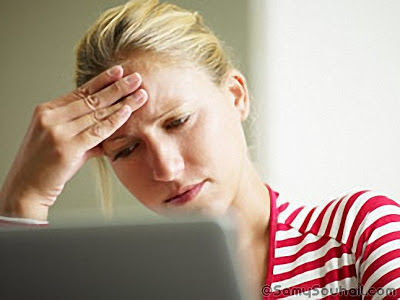 4 نصائح لتتغلب على التعب في عينيك أثناء تواجدك على الكمبيوتر