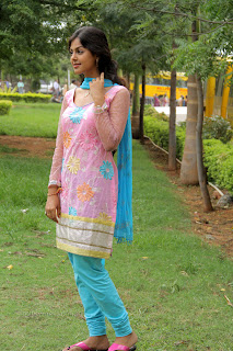 Monal Gajjar latest gorgeous Pictures 006.jpg