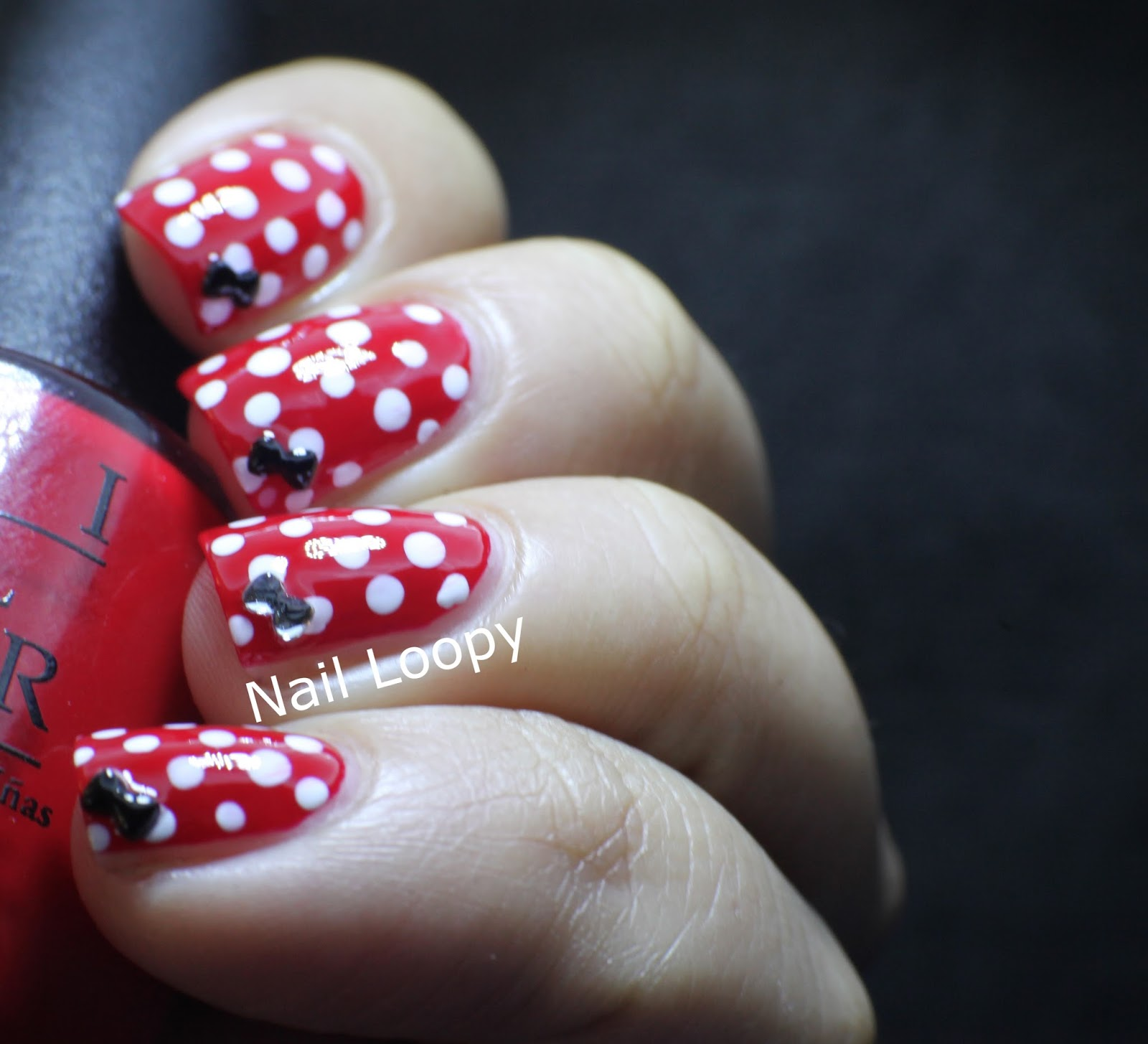 Minnie Mouse Nails: Nail Loopy: MINNIE MOUSE NAILS WITH BOW STUDS