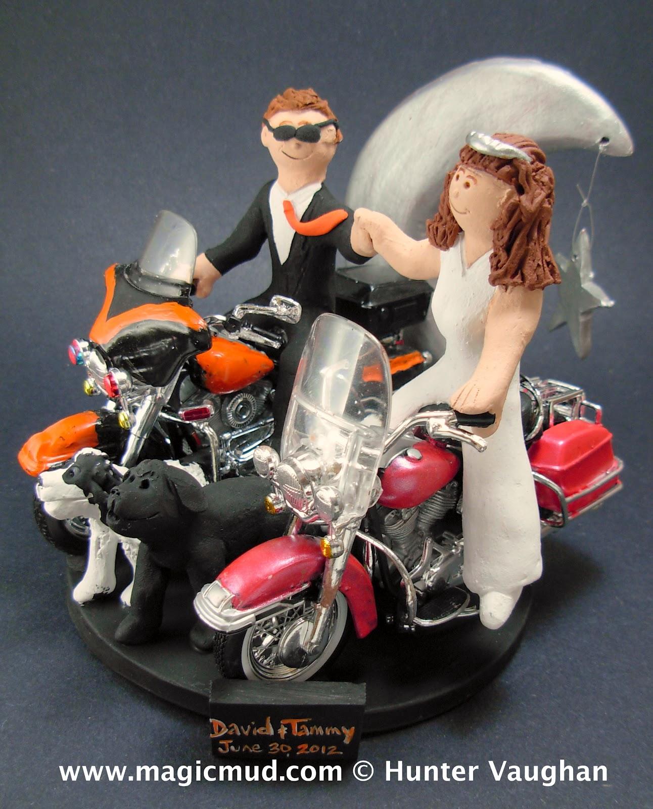 Custom Wedding Cake Toppers Bride And Groom Riding Harleys Wedding Cake Topper